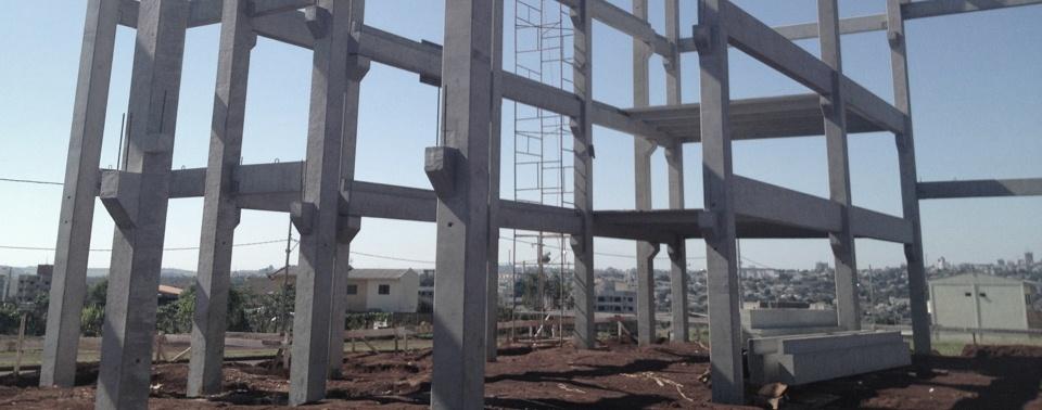 Construtora de galpão pré-moldado em Itaquaquecetuba