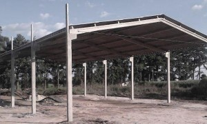 Estrutura para barracão pré-moldado