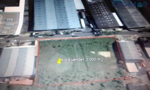 Área industrial à venda